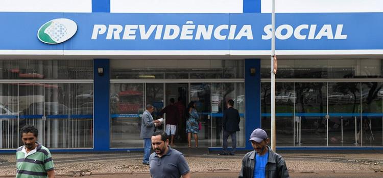 71% dos brasileiros querem estados e municípios na reforma da Previdência