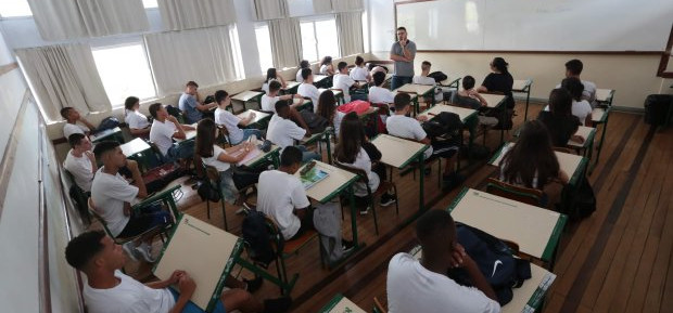 SC lança editais para contratação de professores temporários