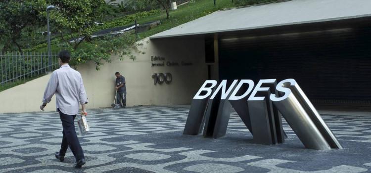 CPI ouve ex-assessor da presidência do BNDES