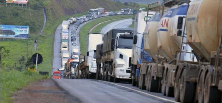 O que sabemos da greve dos caminhoneiros até agora?