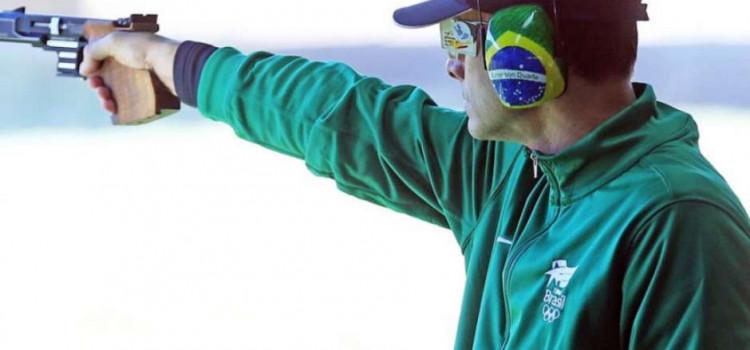 Emerson Duarte é oitavo na pistola 25m no Mundial de Tiro Esportivo