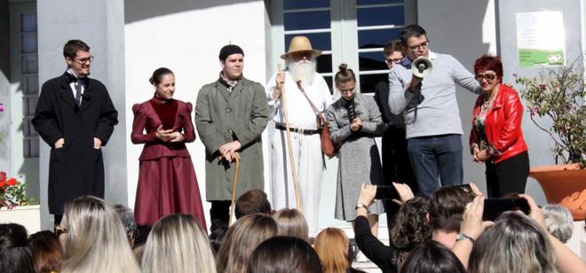 Personagens históricos brilham na Caminhada Cultural