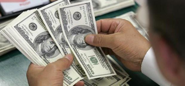 Dólar continua a subir e vai a R$ 3,66