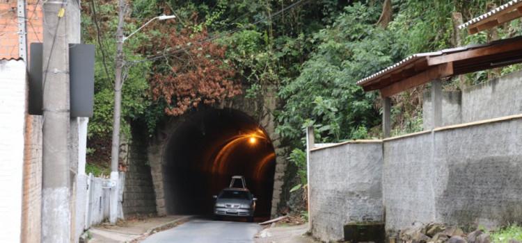 Revitalização na Ponta Aguda chega ao túnel