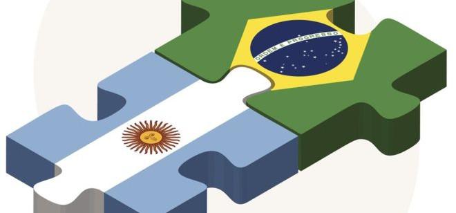 O que aconteceria se Brasil e Argentina adotassem o Peso Real como moeda única?