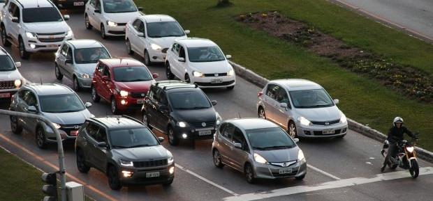 Automóveis emplacados em SC têm redução de IPVA