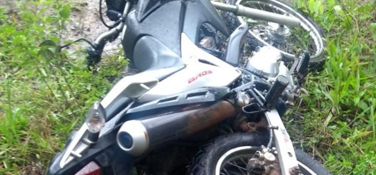 Homem é preso com moto roubada na Rua Lauro Zomer