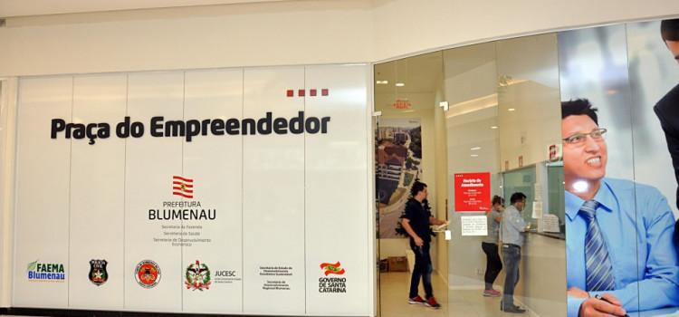 Praça do Empreendedor encerra o ano com 90 mil atendimentos