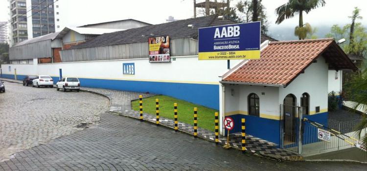 Restaurante da AABB tem princípio de incêndio
