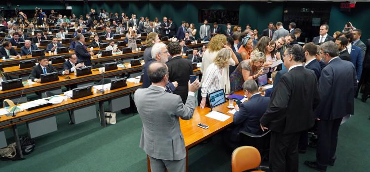 Câmara retoma na terça a análise da Reforma da Previdência