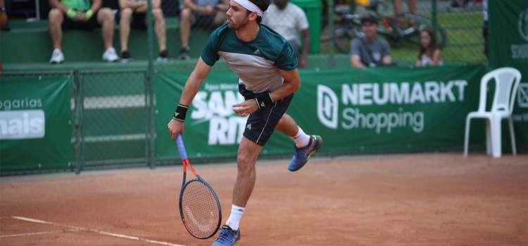 Blumenau recebe torneio profissional de tênis