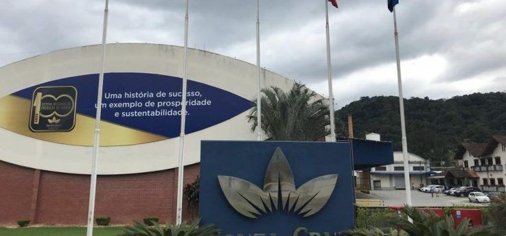 Souza Cruz anuncia fechamento