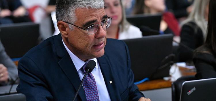 Comissão analisa corte de benefícios para ex-presidentes e ex-governadores