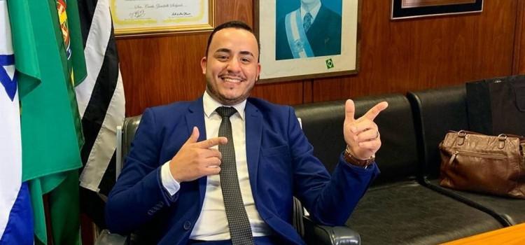 Primeiro prefeito eleito pelo PSL assume o cargo em Mirandópolis