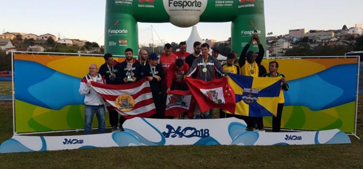 Blumenau conquista primeiros troféus nos Jasc