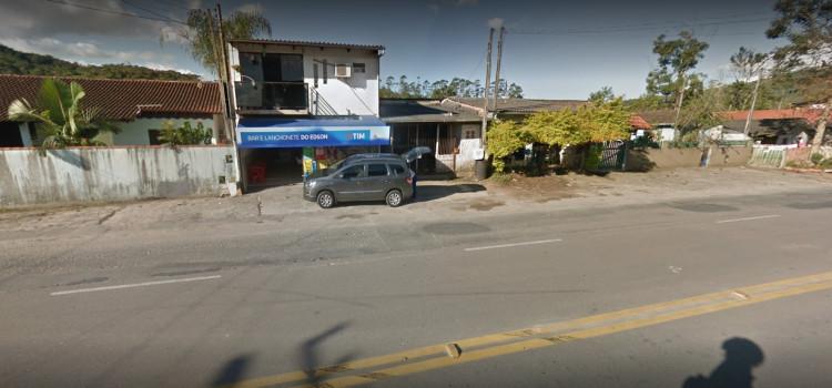 Dois covardes roubam moto na Antonio Treis em assalto