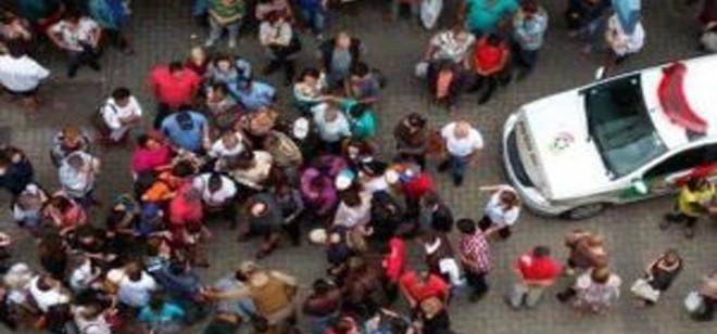 Populares seguram bandidos em duas localidades diferentes na cidade