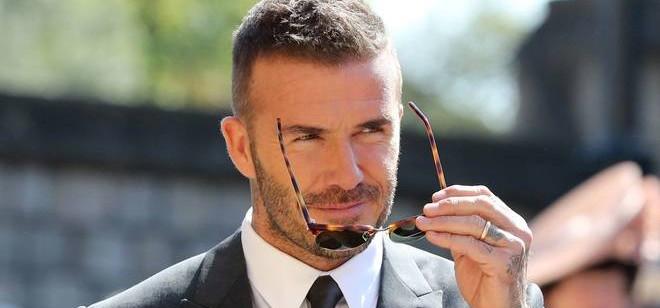 Por feitos no futebol, Beckham recebe prêmio presidencial da Uefa