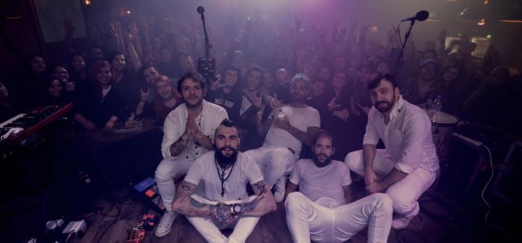 Fresno toca em Blumenau e leva público à loucura