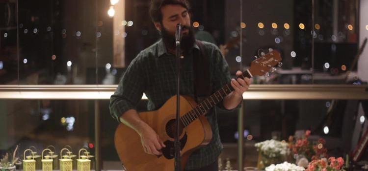 Bruce Marques produz videoclipe para divulgar EP gravado em casa na quarentena