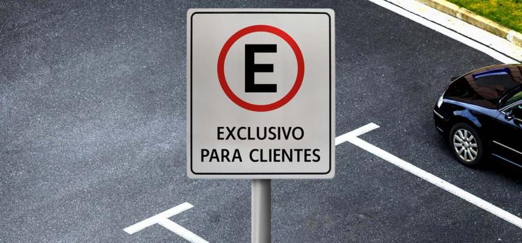 Procon de Blumenau fiscaliza estacionamentos da cidade