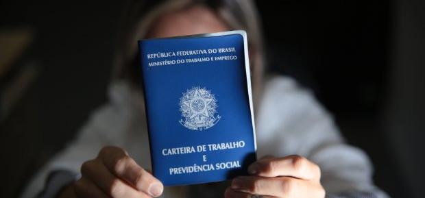 Sine estadual tem mais de 1,5 mil vagas de emprego em SC