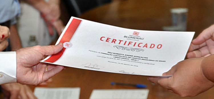 Prefeitura lança novo curso de Libras para comunidade