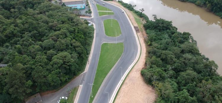 Obra da República Argentina retoma com serviço de sinalização de trânsito