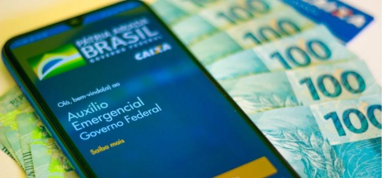 Dúvidas sobre a retomada do auxílio emergencial assombram os brasileiros