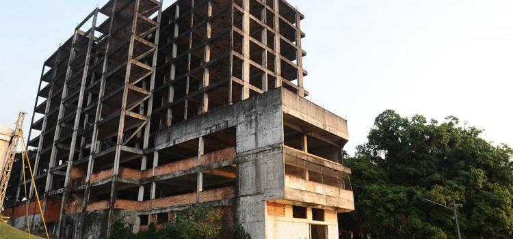 Carcaça de prédio da Rua das Palmeiras pode ser demolida