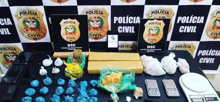 Polícias Civil e Militar prendem traficantes na Itoupavazinha
