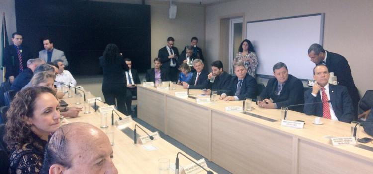 Décio Lima participa de reunião sobre duplicação da BR-470
