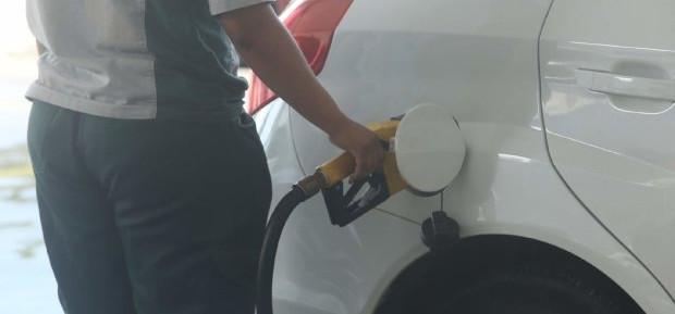 Deputado Naatz quer redução do ICMS sobre combustíveis