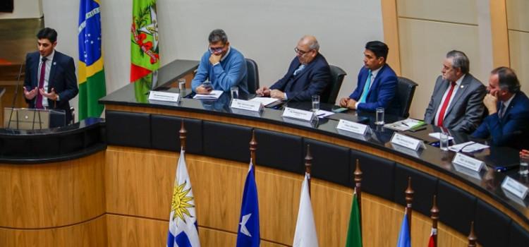 Fórum discute aumento de turismo terrestre no Mercosul