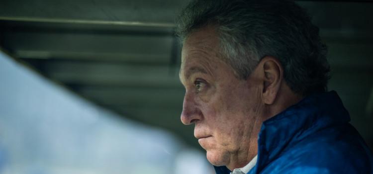 Abel Braga coloca cargo à disposição no Cruzeiro