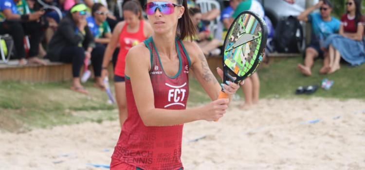 Beach tennis ganha destaque em cidades catarinenses neste verão
