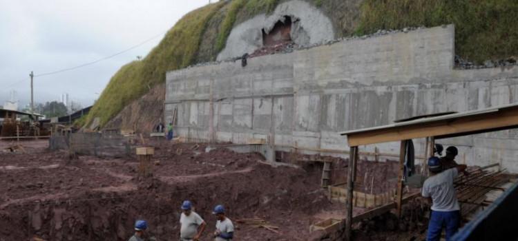 Defesa Civil interdita obra de construção de hotel na Via Expressa