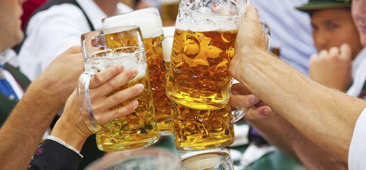 Concorrentes à cerveja oficial da Oktober devem ser conhecidas amanhã