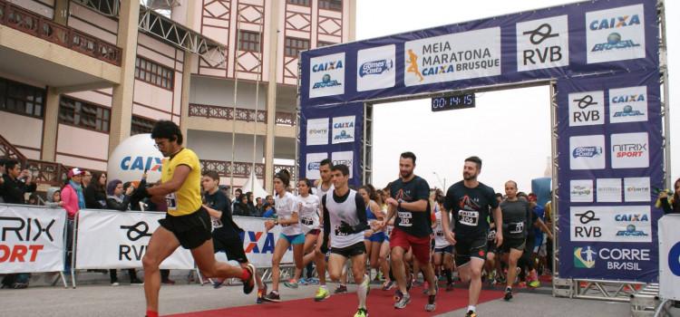 Mais de 1,5 mil corredores participarão da Meia Maratona de Blumenau