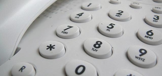 Operadoras não podem exigir telefone fixo para internet