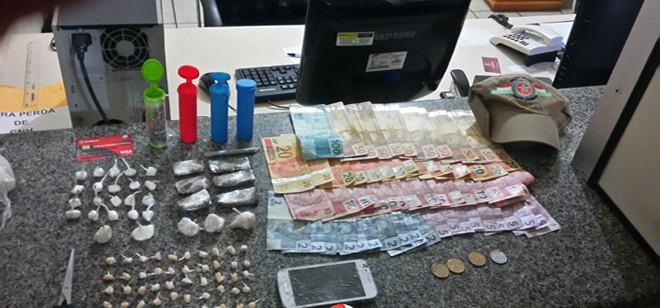 PM prende homem por tráfico de drogas no Morro do Concórdia