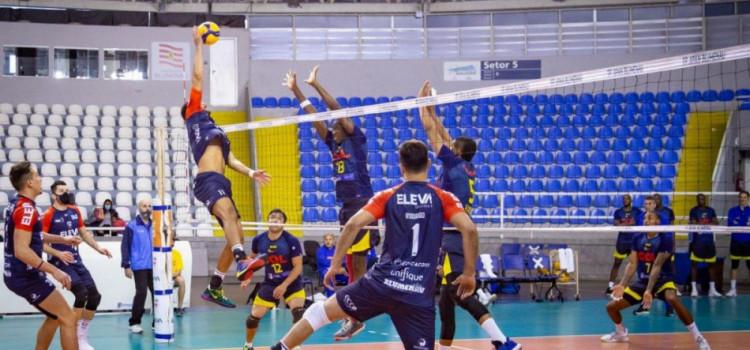 Vôlei e badminton se destacam no esporte no fim de semana