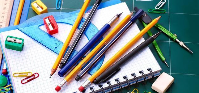 Procon divulga pesquisa de preços de material escolar