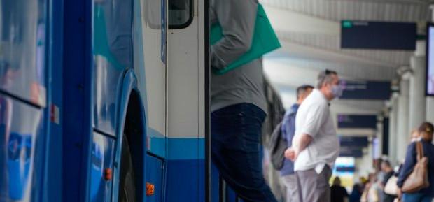 Setor de serviços cresce 17% em SC no acumulado do ano