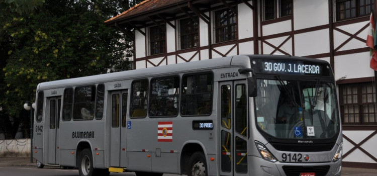 Transporte coletivo tem alterações em horários de algumas linhas