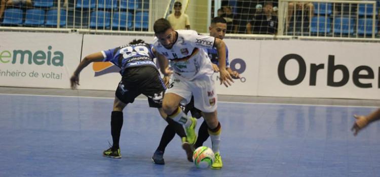 Futsal masculino fica no empate com o Tubarão pelo Catarinense