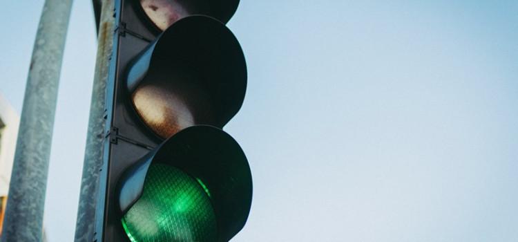 Semáforo entre as ruas Itapiranga e Humberto de Campos funciona a partir de hoje
