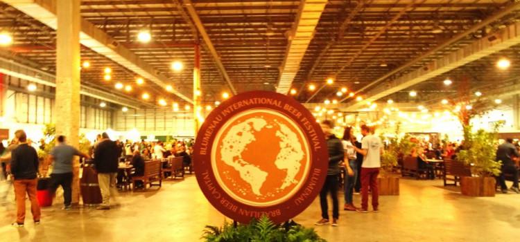 Mais de 7,4 mil pessoas passam pelo Blumenau International Beer Festival