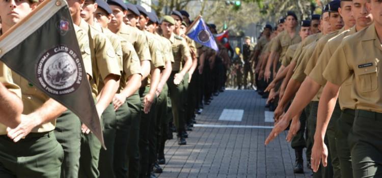 Desfile de Independência movimenta a Rua XV neste sábado