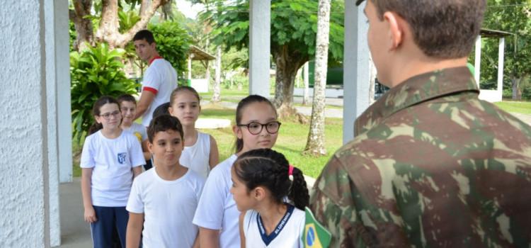 Começam as aulas do projeto Forças no Esporte